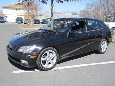2002 Lexus IS 300 for sale at Auto Bahn Motors in Winchester VA