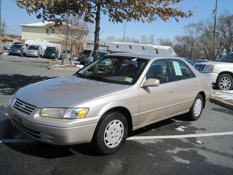 1997 Toyota Camry for sale at Auto Bahn Motors in Winchester VA