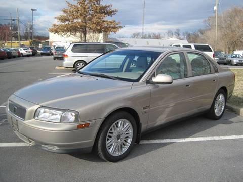 2002 Volvo S80 for sale at Auto Bahn Motors in Winchester VA