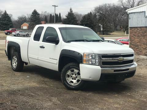 Used cars waterloo used pickups for sale des moines ia cedar rapids 2010 chevrolet silverado 1500 for sale at sunny automotive in waterloo ia publicscrutiny Choice Image