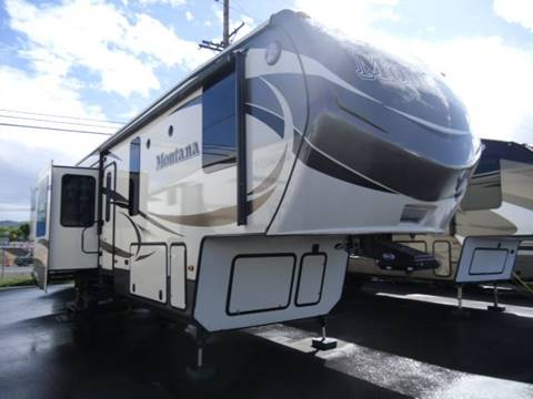2016 Keystone Montana 3790RD for sale in Central Point, OR