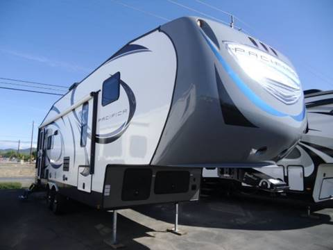 2016 Pacific Coachworks Pacifica 275RE for sale in Central Point, OR