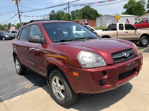 2005 Hyundai Tucson for sale at Wise Investments Auto Sales in Sellersburg IN