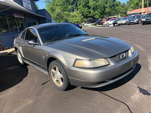 2002 Ford Mustang for sale at Wise Investments Auto Sales in Sellersburg IN