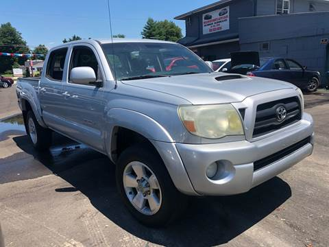 2007 Toyota Tacoma for sale at Wise Investments Auto Sales in Sellersburg IN