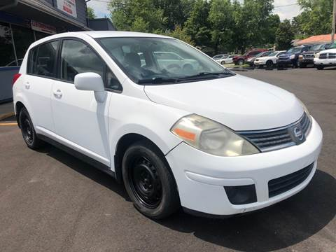 2007 Nissan Versa for sale at Wise Investments Auto Sales in Sellersburg IN