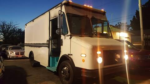 2000 Freightliner MT45 Chassis for sale in Pomona, CA