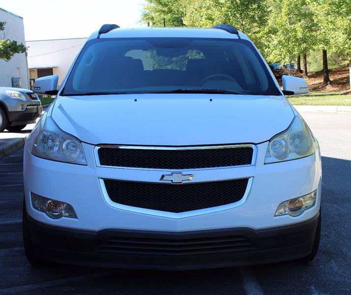 2009 Chevrolet Traverse for sale at TRG Auto Sales in Durham NC