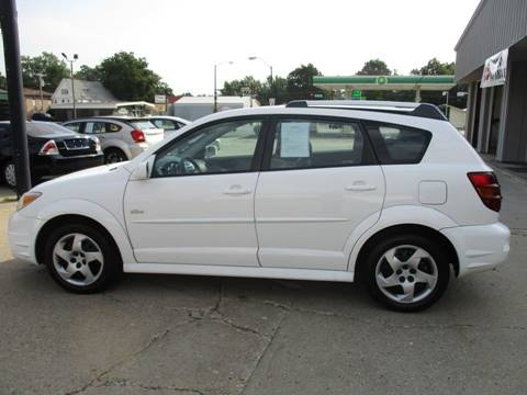 2006 Pontiac Vibe for sale in Newton, IA