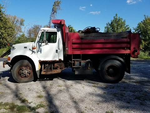 1997 International 4900 for sale in Frankfort, IL