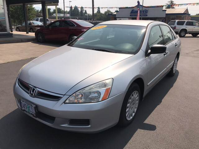 2006 Honda Accord for sale at Schroeder Auto Wholesale in Medford OR
