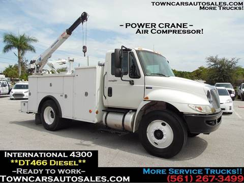 Phenomenal 2013 International 4300 For Sale In West Palm Beach Fl Evergreenethics Interior Chair Design Evergreenethicsorg