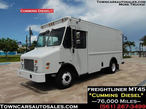 2005 Freightliner MT45 for sale in West Palm Beach, FL