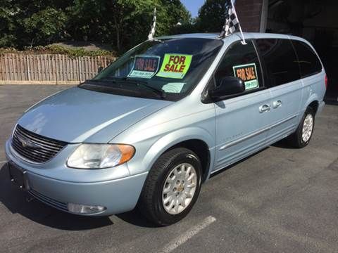 2001 Chrysler Town and Country for sale in Edison, NJ