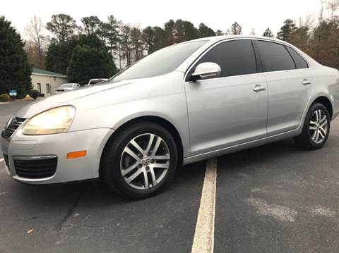 2006 Volkswagen Jetta for sale at GTO United Auto Sales LLC in Lawrenceville GA