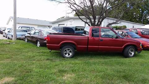 1998 Chevrolet S-10 for sale in Council Bluffs, IA