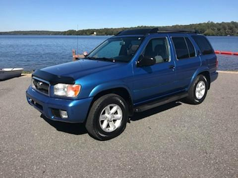 2003 Nissan Pathfinder for sale in Salem, CT