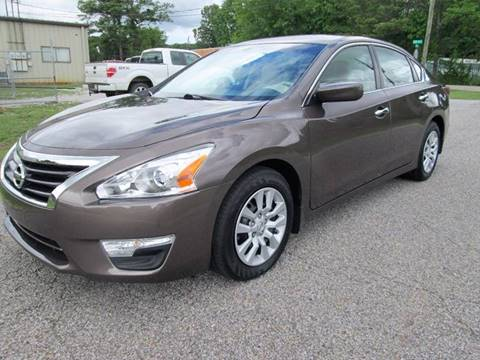 2015 Nissan Altima for sale at Trademark Automotive Group in Tuscaloosa AL