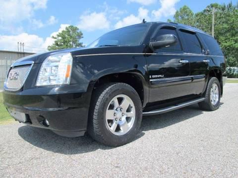 2007 GMC Yukon for sale at Trademark Automotive Group in Tuscaloosa AL