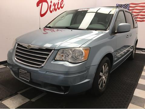 2009 Chrysler Town and Country for sale in Fairfield, OH