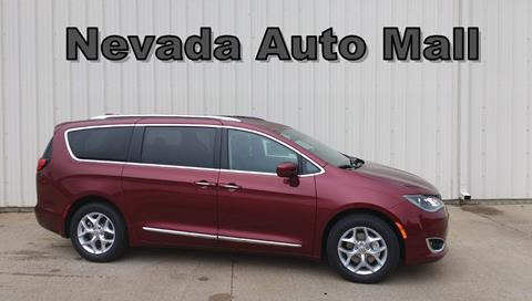 2017 Chrysler Pacifica for sale in Nevada, MO