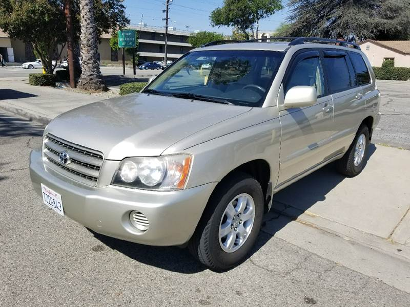 2002 Toyota Highlander for sale at AMD 4 Auto Used Cars & Auto Broker in El Monte CA