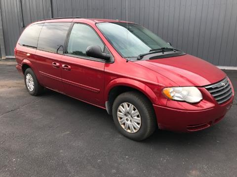 2006 Chrysler Town and Country for sale in Galloway, OH