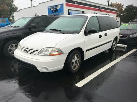 2002 Ford Windstar for sale in Roseville, MI