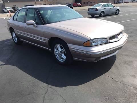 1999 Pontiac Bonneville for sale in Roseville, MI