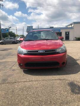 2010 Ford Focus for sale at R&R Car Company in Mount Clemens MI