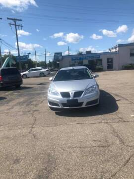 2010 Pontiac G6 for sale at R&R Car Company in Mount Clemens MI