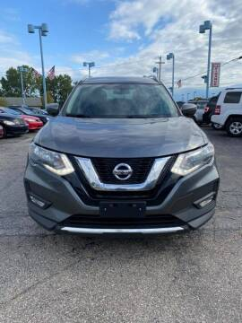 2017 Nissan Rogue for sale at R&R Car Company in Mount Clemens MI