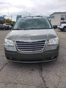 2010 Chrysler Town and Country for sale at R&R Car Company in Mount Clemens MI