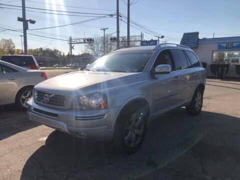 2013 Volvo XC90 for sale at R&R Car Company in Mount Clemens MI