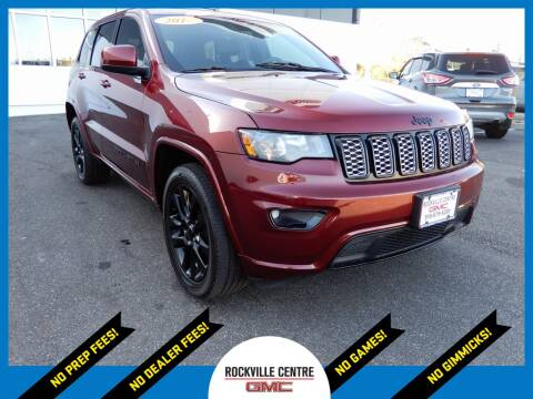 2018 Jeep Grand Cherokee for sale at Rockville Centre GMC in Rockville Centre NY