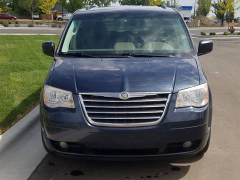 2008 Chrysler Town and Country for sale in Portland, OR