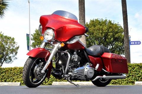 2012 Harley-Davidson Street Glide FLHX for sale in Doral FL