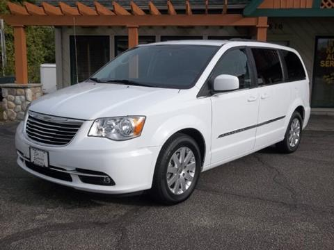 2016 Chrysler Town and Country for sale in Prior Lake MN