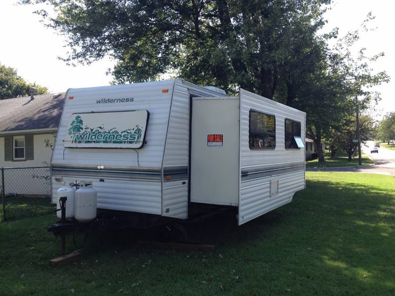 1996 Fleetwood Wilderness for sale at Bakers Car Corral in Sedalia MO