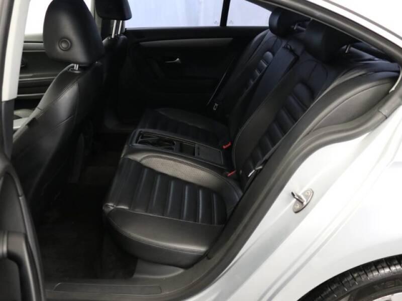 2012 Volkswagen CC Sport (image 25)