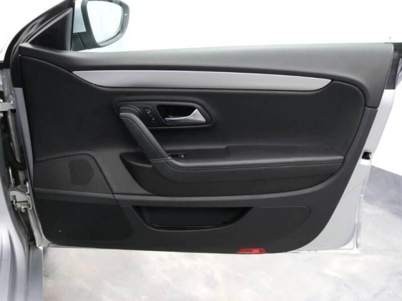 2012 Volkswagen CC Sport (image 16)