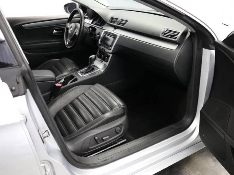 2012 Volkswagen CC Sport (image 17)