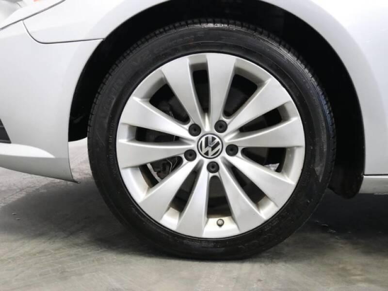 2012 Volkswagen CC Sport (image 15)