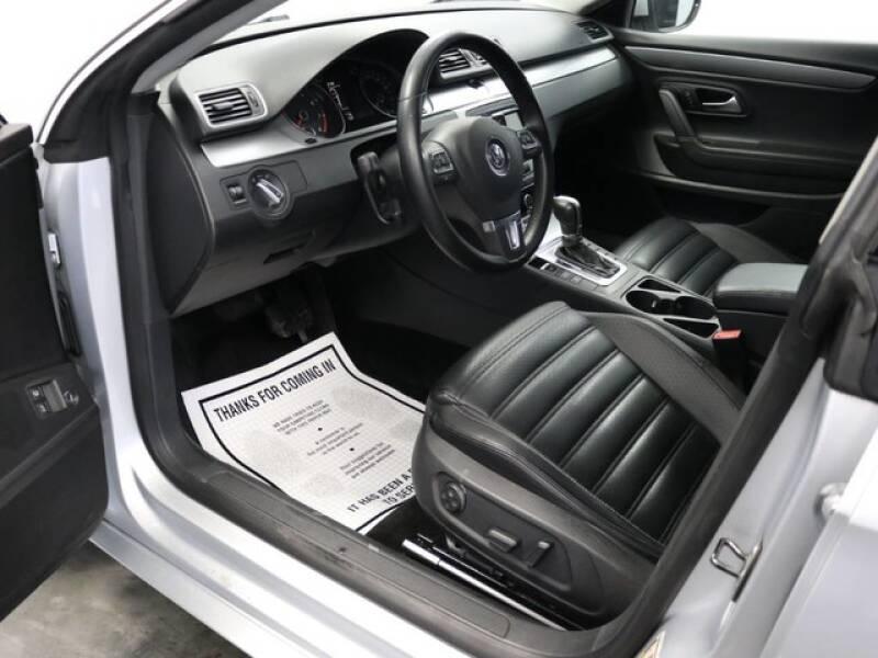 2012 Volkswagen CC Sport (image 28)