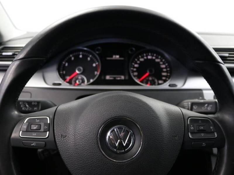 2012 Volkswagen CC Sport (image 33)