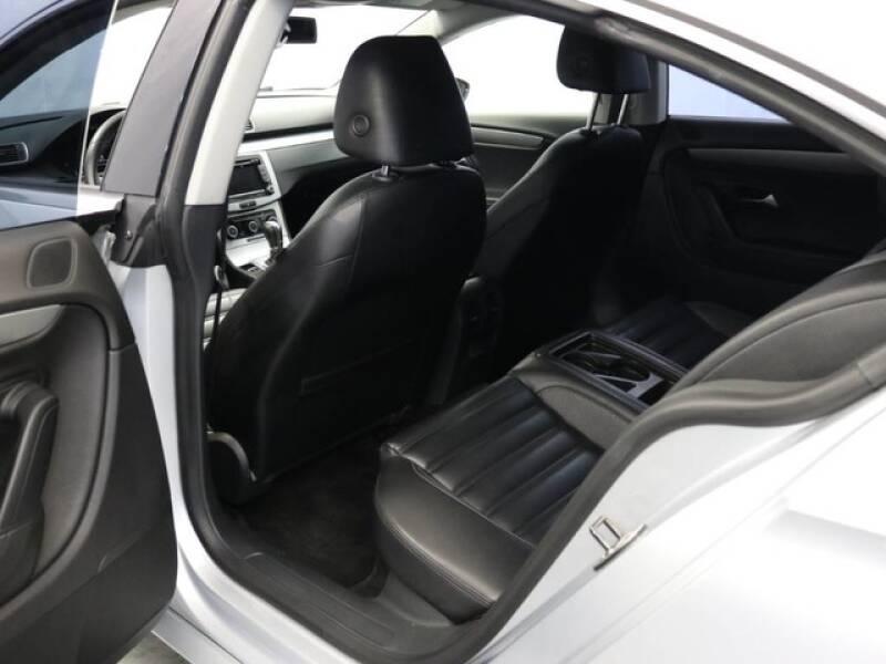 2012 Volkswagen CC Sport (image 24)