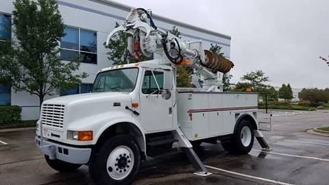 2001 International 4700 for sale in Lincolnwood, IL