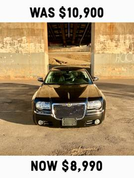 2009 Chrysler 300 for sale at Marigold Motors, LLC in Pekin IL
