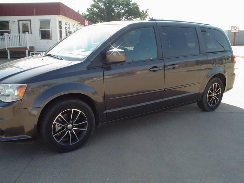 2017 Dodge Grand Caravan for sale at World of Wheels Autoplex in Hays KS