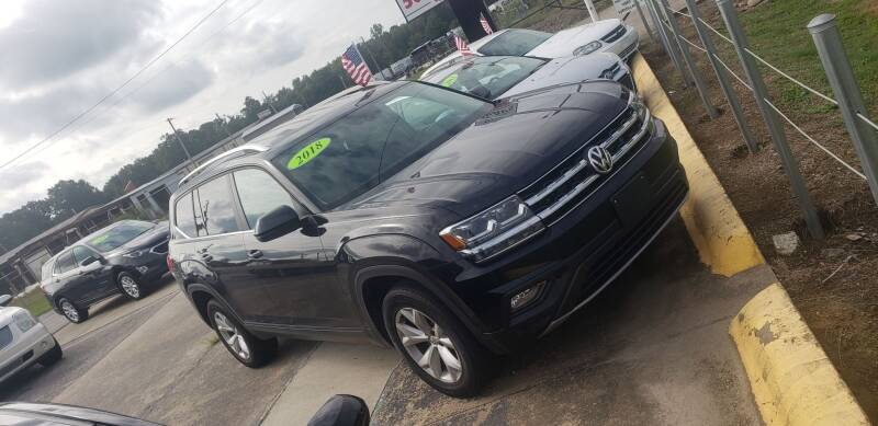 2018 Volkswagen Atlas for sale at Apex Auto Group in Cabot AR
